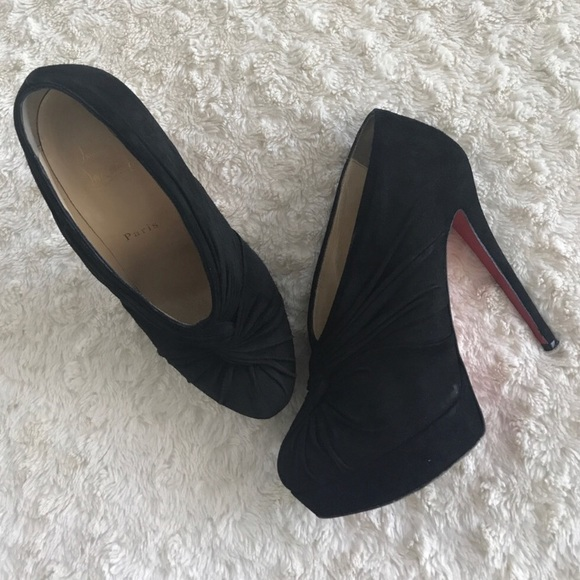 a00e11d9512 christian louboutin Shoes